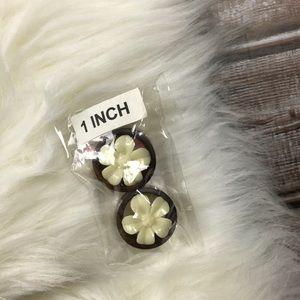 3/4 Inch Wood Tropical Flower Plugs Gauge Earrings